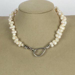 Jewelry - Baroque pearl necklace sterling clasp